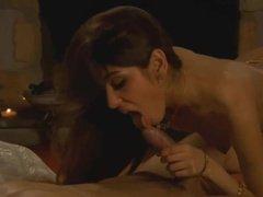 Романтический вечер с шикарным отсосом пениса и спермой