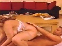 Клиторы секс порно видеоролики большими сиськами на острове