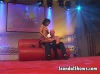 Занялись сексом сразу после окончания шоу